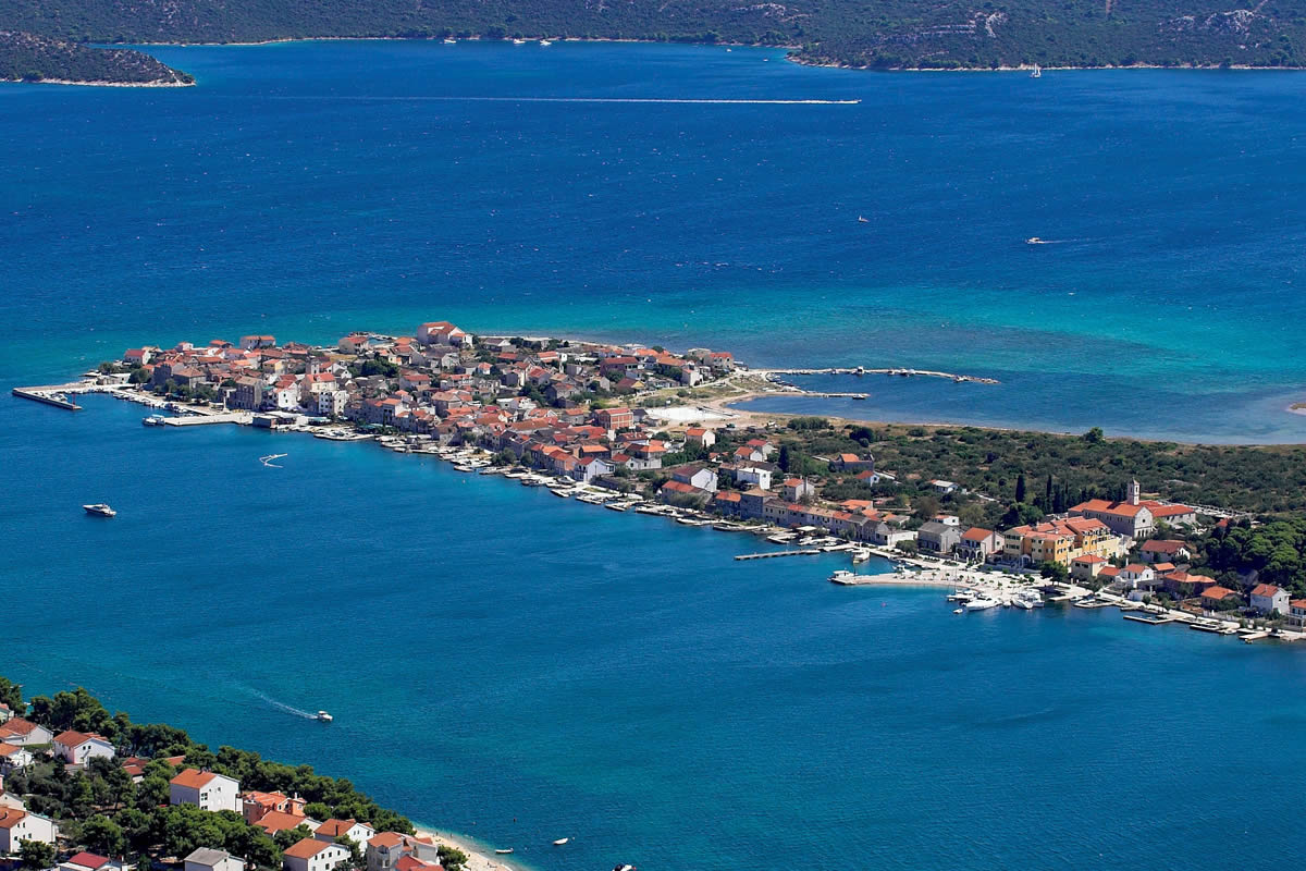 Island of Krapanj | Hotel Spongiola